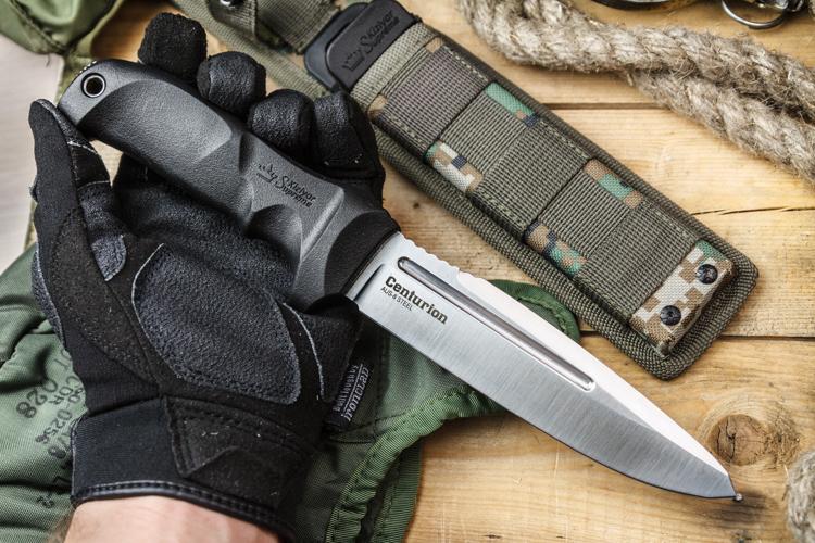 В чем разница между тактическими и не тактическими карманными ножами?