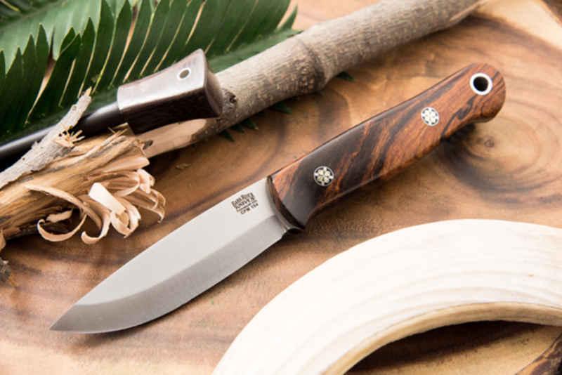 Как сделать использование ножа в бушкрафте более безопасным