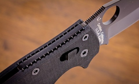 Нож складной Manix 2 Black - Spyderco 101GPBBK2, сталь Crucible CPM® S30V™ Black DLC Plain, рукоять G10, чёрный. Вид 2