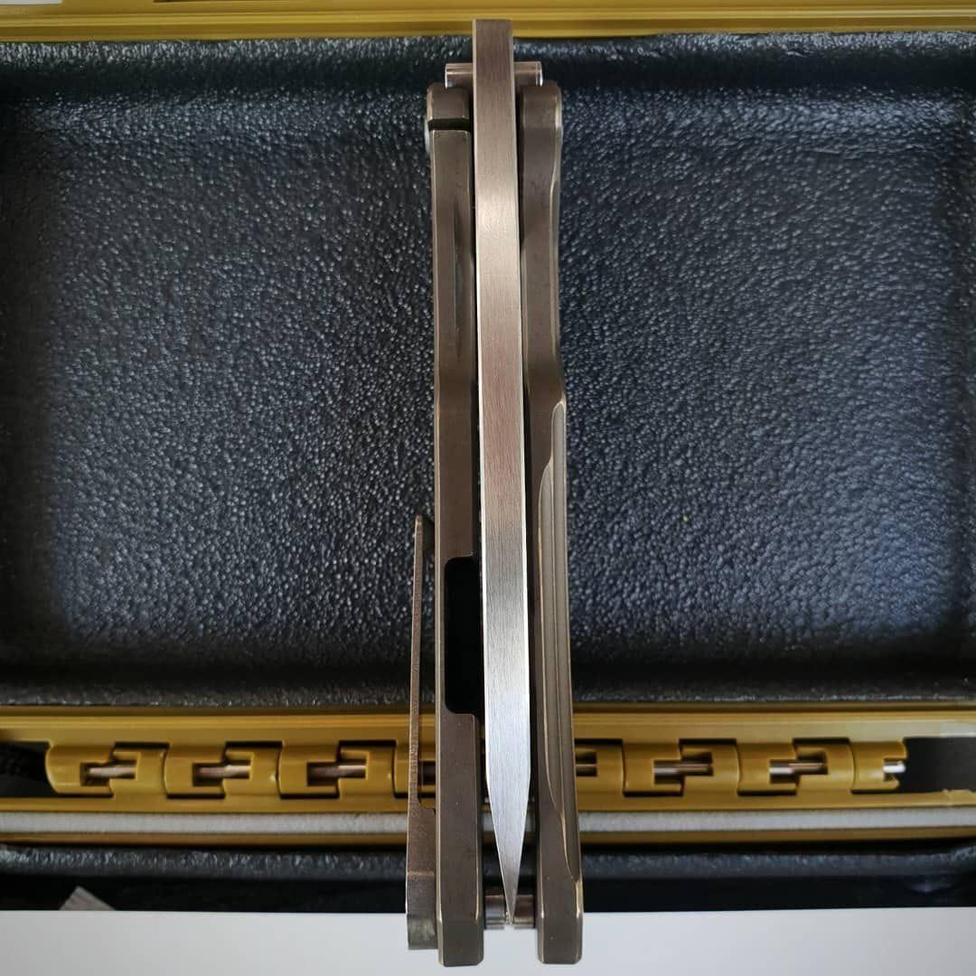 Фото 5 - Складной нож Medford Infraction, сталь S35VN, рукоять титановый сплав, бронзовый