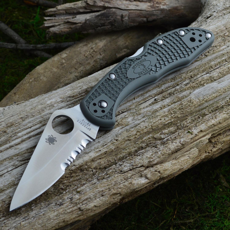 Фото 6 - Складной нож Delica 4 - Spyderco C11PSFG, сталь VG-10 Satin Plain/Serrated, рукоять термопластик FRN зелёная (foliage green)
