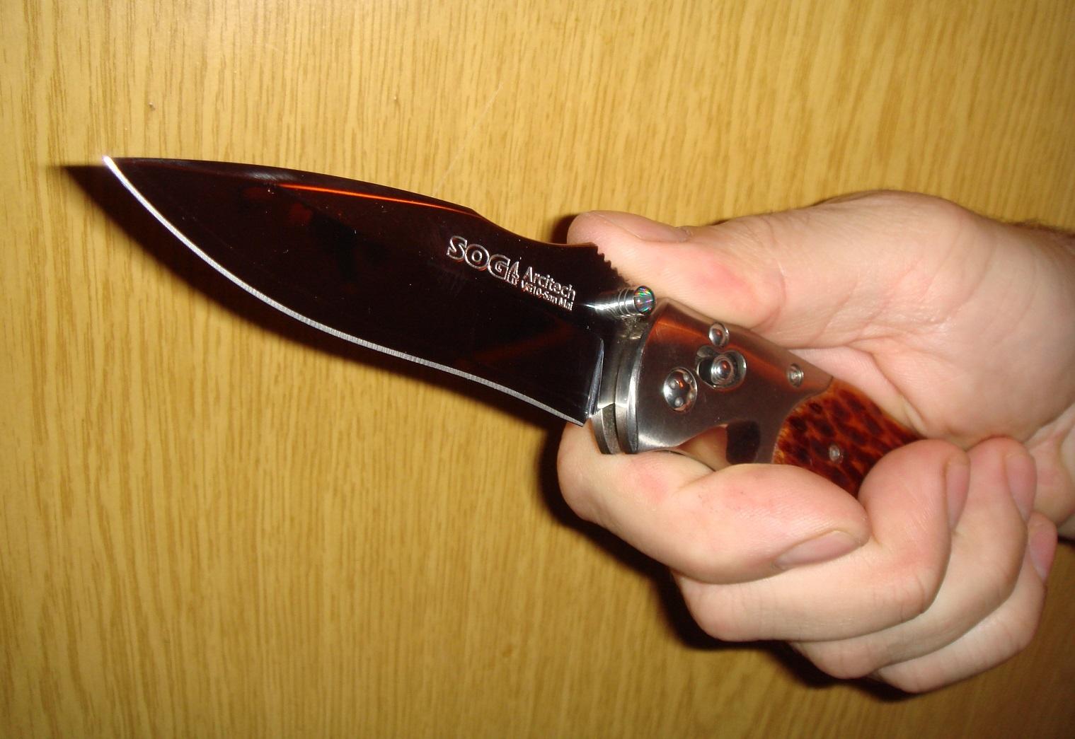 Фото 3 - Складной нож Arcitech - SOG A01, сталь VG-10 / Laminated 420J2, рукоять кость