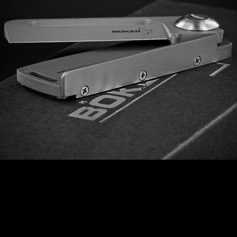 Фото 7 - Нож складной Boker Plus Darriel Caston Design Rocket Titan, сталь клинка 9Cr13CoMoV Bead Blasted Plain, рукоять титан, 01BO264