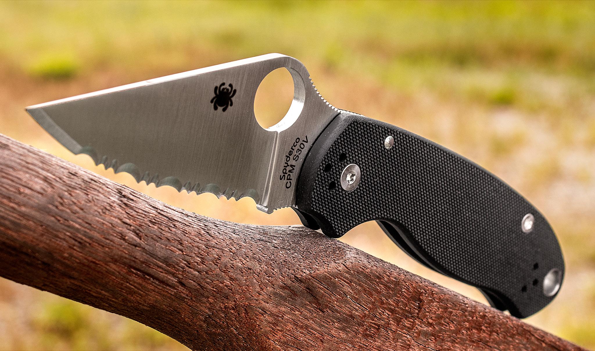 Фото 10 - Нож складной Para 3 - Spyderco 223GS, сталь Crucible CPM® S30V™ Satin Serrated, рукоять стеклотекстолит G10, чёрный