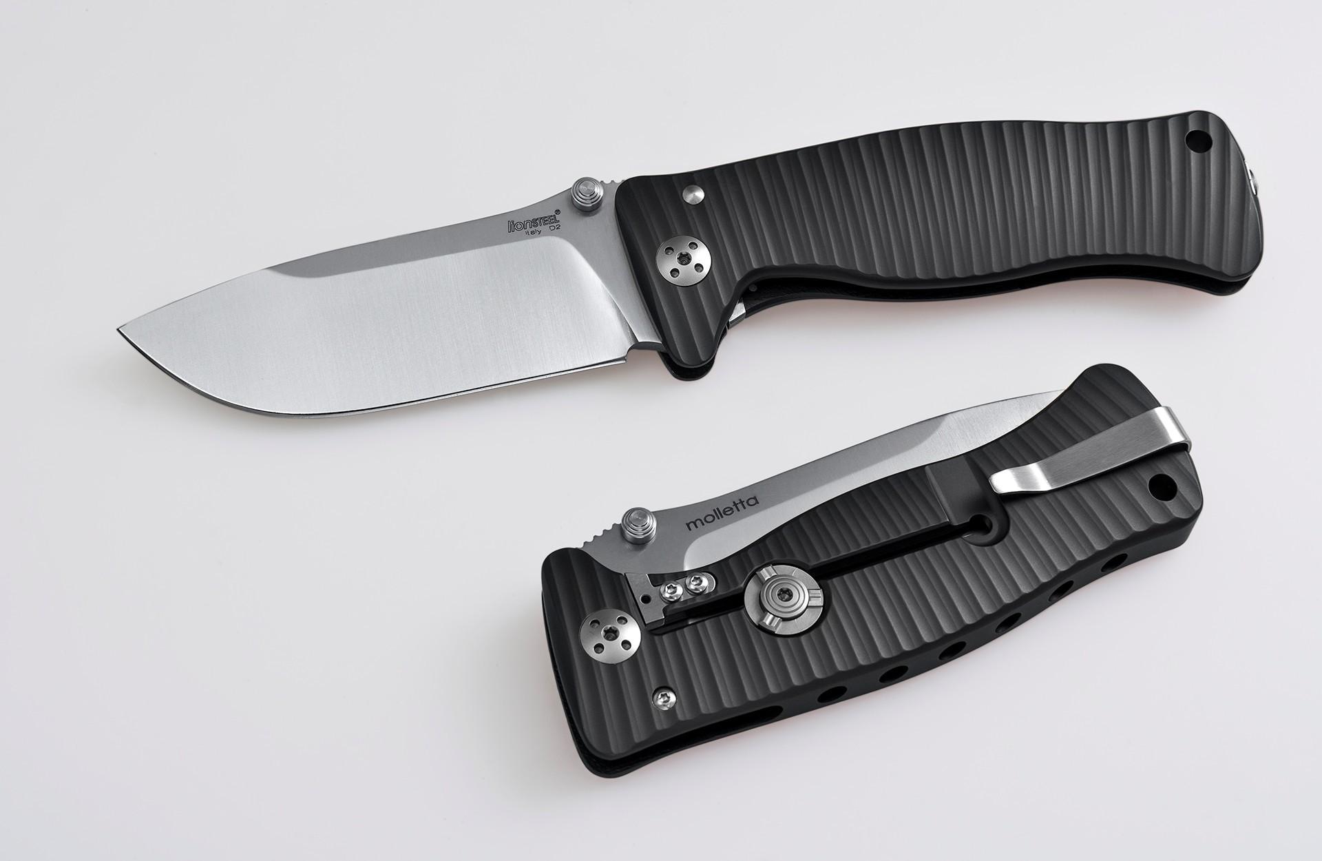 Фото 3 - Нож складной SR-1, Solid® Black Anodized Aluminum Handle, Satin Finish D2 Tool Steel от Lion Steel