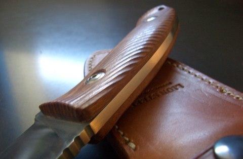 Нож с фиксированным клинком LionSteel M3 ST Santos Wood, сталь Niolox, рукоять палисандр. Вид 6