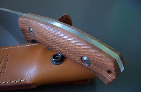 Нож с фиксированным клинком LionSteel M3 ST Santos Wood, сталь Niolox, рукоять палисандр. Вид 8