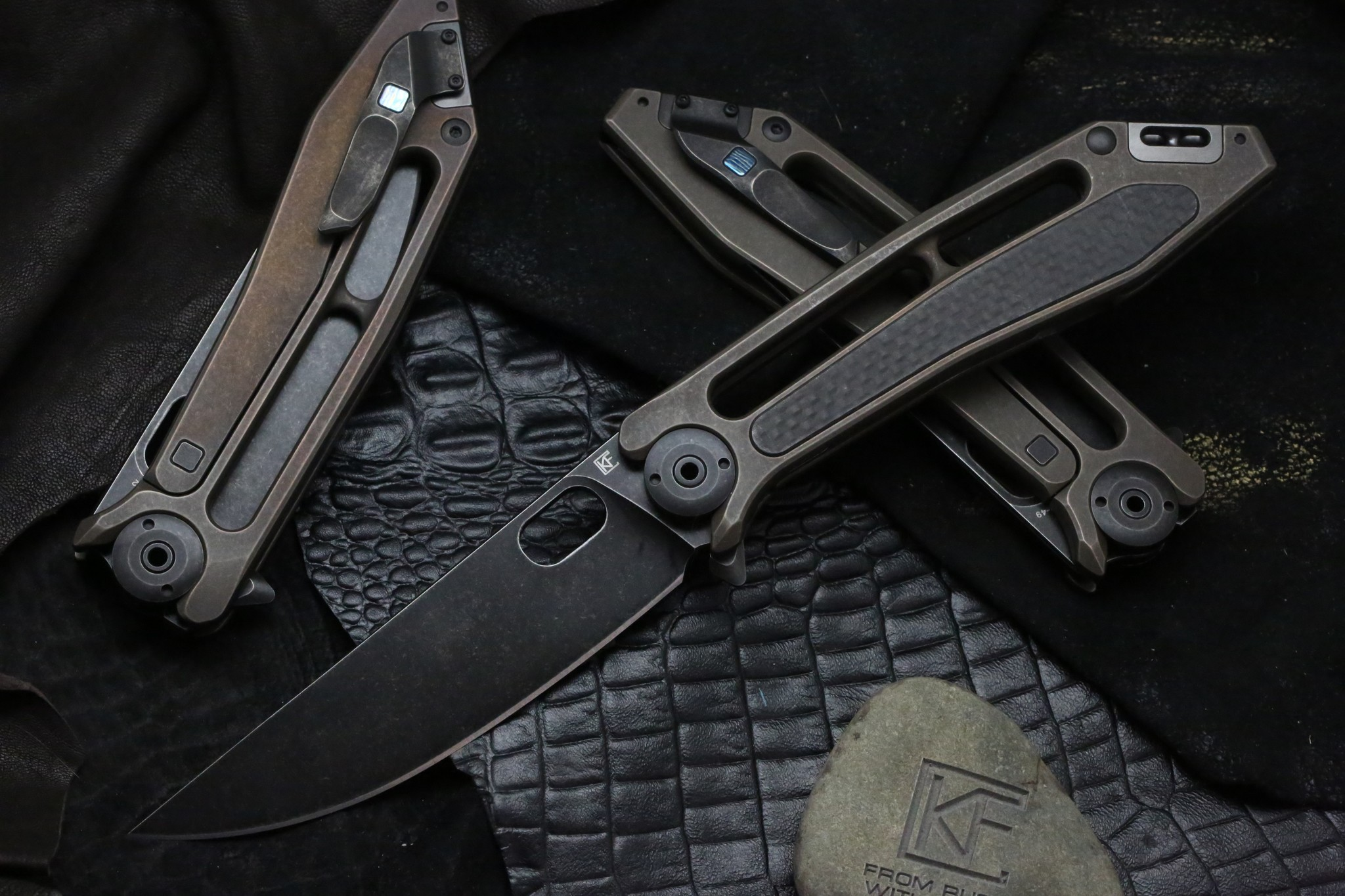 Складной нож CKF Kadat, сталь M390, рукоять Titanium