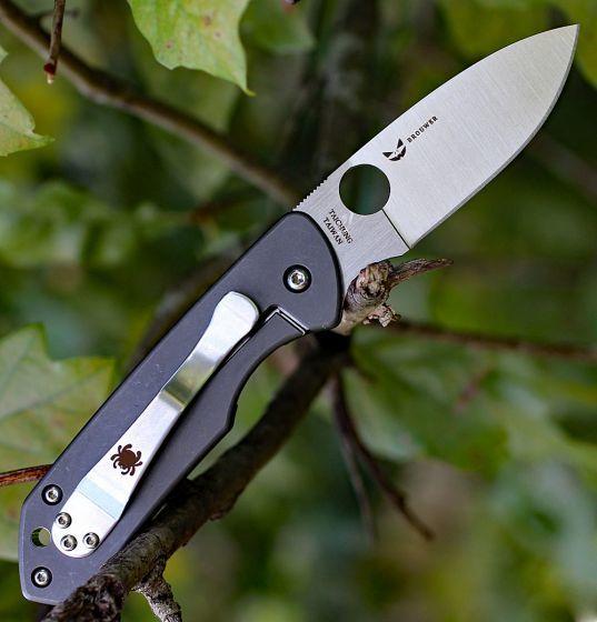Фото 4 - Складной нож Brouwer - Spyderco C232GTIP, сталь Crucible CPM® S30V™ Satin Plain, рукоять титан/стеклотекстолит G10