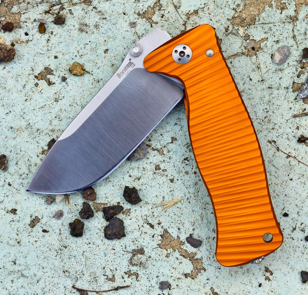 Фото 4 - Нож складной LionSteel SR2A OS Mini, сталь Uddeholm Sleipner® Satin Finish, рукоять алюминий (Solid®), оранжевый от Lion Steel