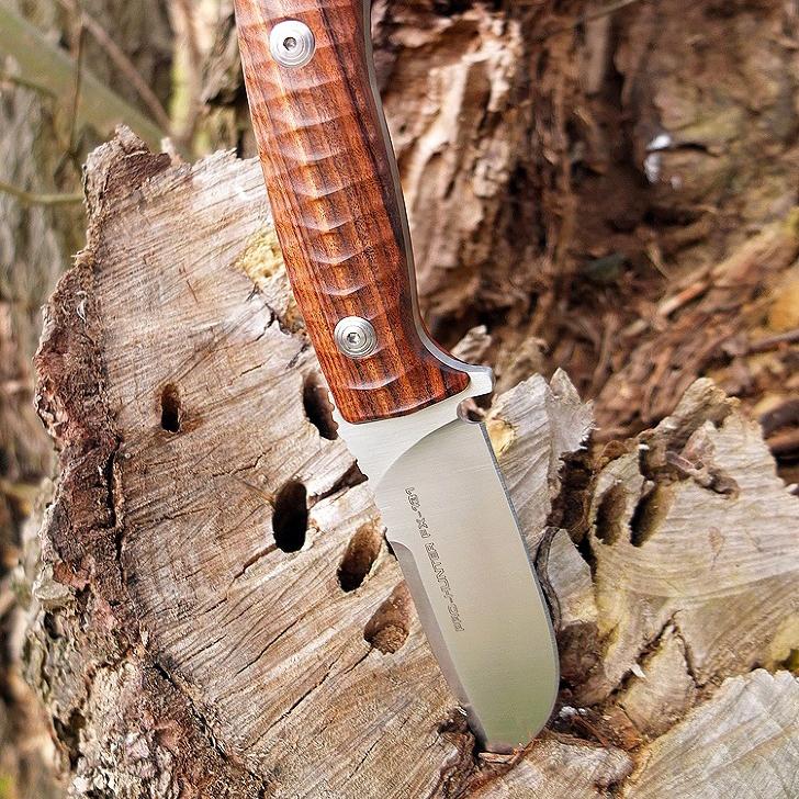Фото 14 - Нож Fox Pro-Hunter, сталь N690, рукоять Ziricote Wood, коричневый