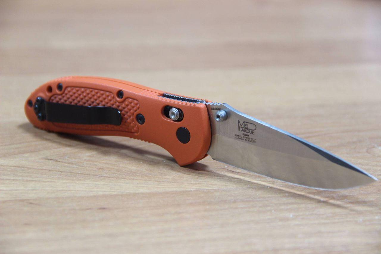 Фото 4 - Складной нож Benchmade Griptilian 551-ORG, сталь 154CM, рукоять пластик