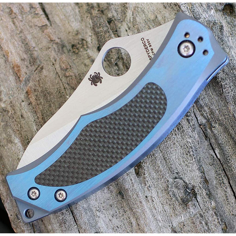 Фото 6 - Нож складной Vrango Spyderco 201TIBLP, сталь CPM® S30V Satin Plain, рукоять титан/карбон, синий