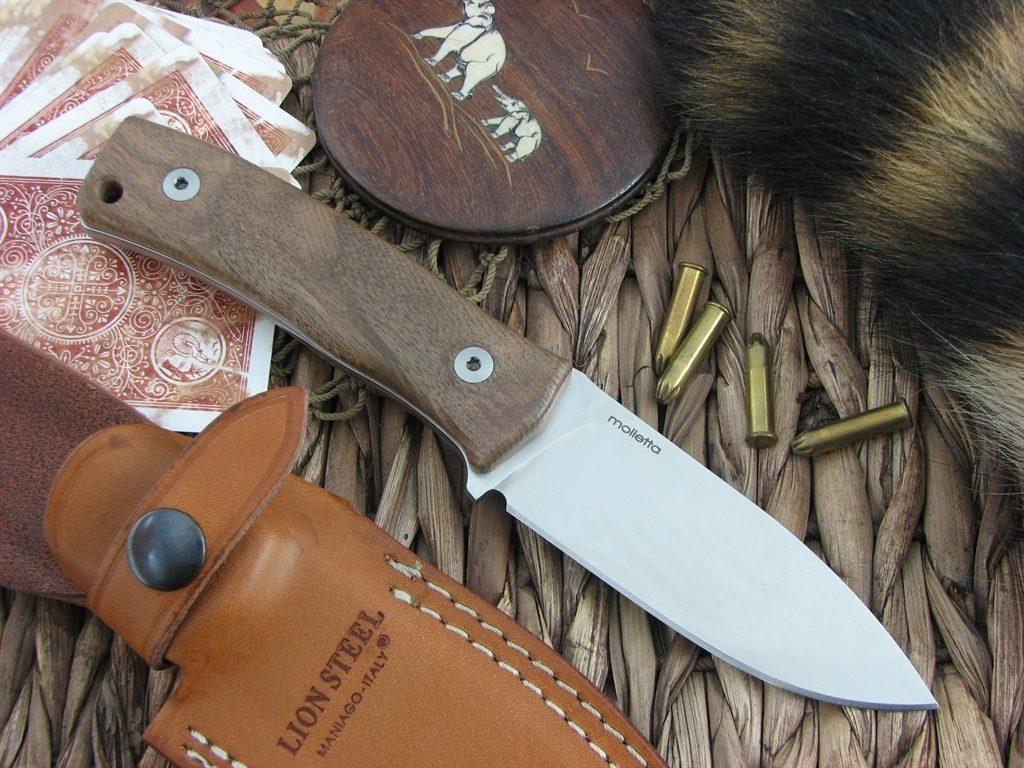 Фото 9 - Нож Lionsteel M4 WN, сталь Bhler M390, рукоять ореховое дерево от Lion Steel