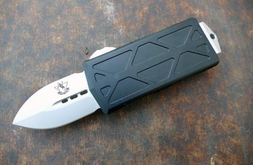Автоматический фронтальный нож MIC05, сталь D2