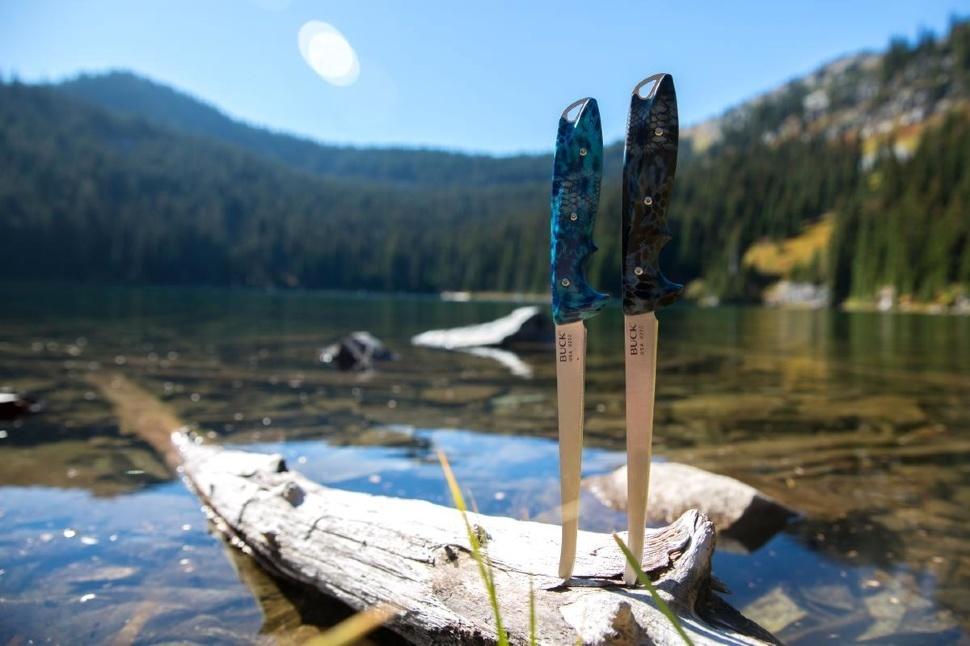 Фото 3 - Филейный нож Buck 035 Abyss Fillet Knife Kryptek Neptune Camo 0035CMS34, сталь 420HC, рукоять пластик