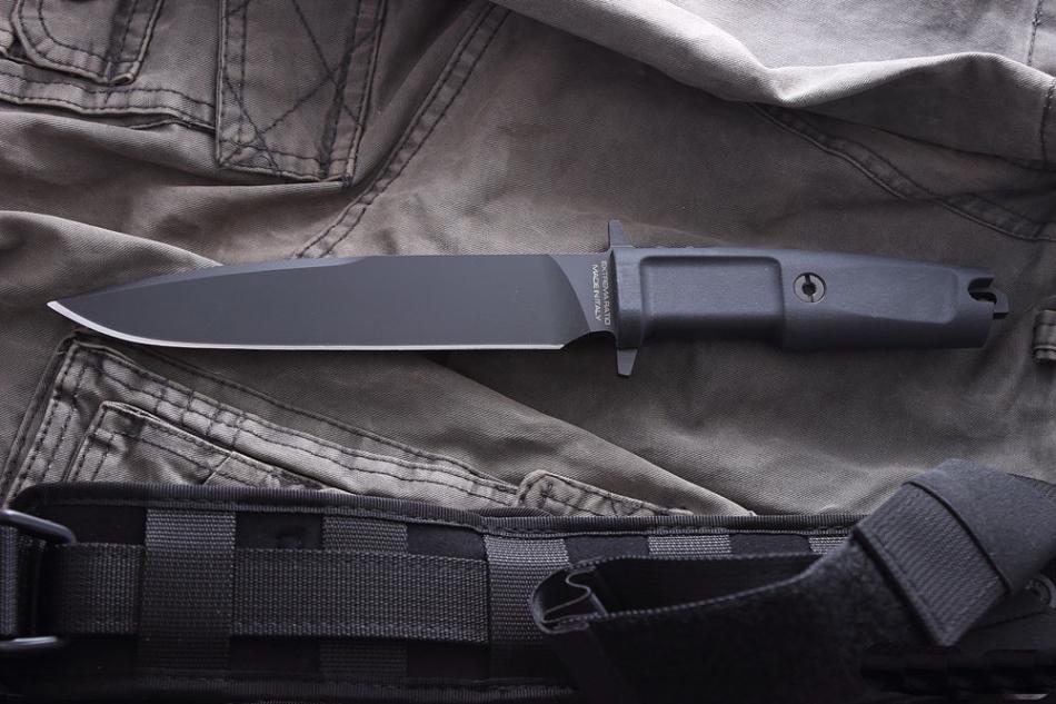 Фото 7 - Нож с фиксированным клинком Extrema Ratio Venom Plain Edge, сталь Bhler N690, рукоять прорезиненный форпрен