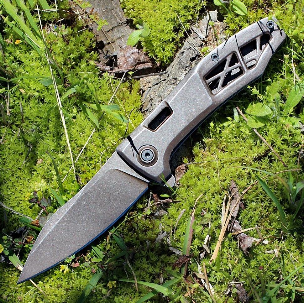 Нож складной KERSHAW 3475 Les George Design Boilermaker, сталь 8Cr13MoV, рукоять нержавеющая сталь, коричневый фото
