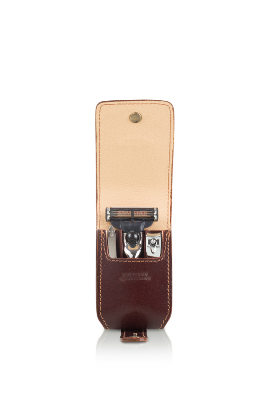 Набор бритвенный дорожный Mondial SV-075-MIN-M edwin jagger дорожный бритвенный набор rt10m3