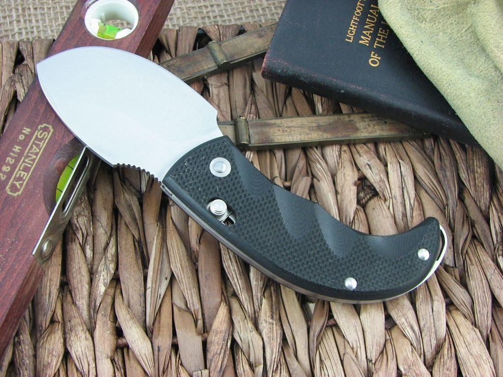 Фото 6 - Нож складной LionSteel Skinner 8901 G10, сталь 440C Satin Finish, рукоять стеклотекстолит, чёрный от Lion Steel