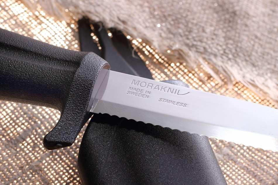 Фото 7 - Нож с фиксированным лезвием Morakniv Marine Rescue 541, сталь Sandvik 12C27, рукоять пластик