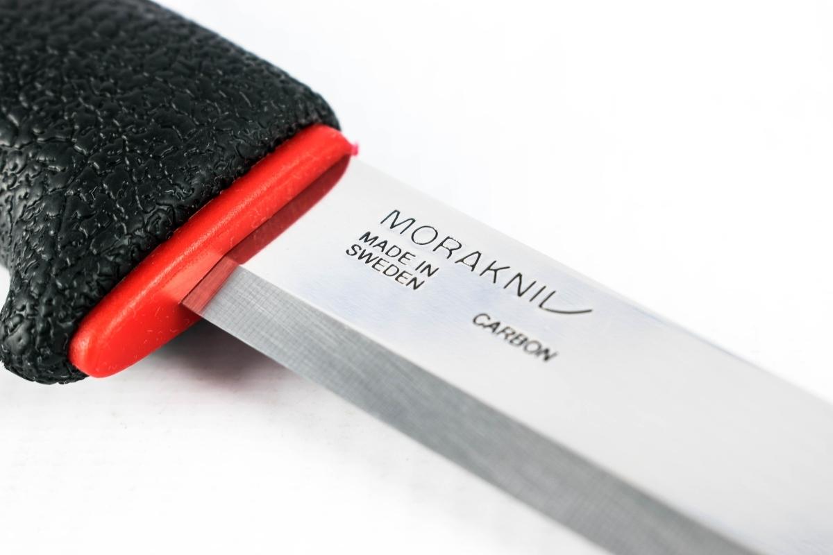 Фото 4 - Нож с фиксированным лезвием Morakniv ALLROUND 711, углеродистая сталь, рукоять пластик