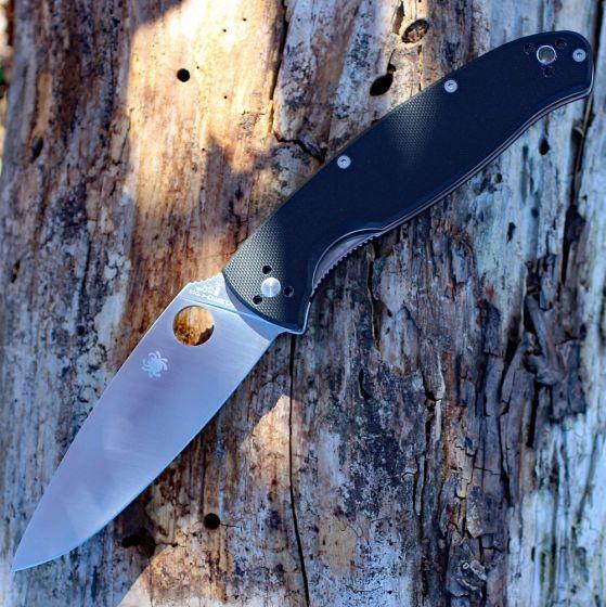 Фото 6 - Нож складной Resilience™ Spyderco C142GP, сталь 8Cr13MOV Satin Plain, рукоять стеклотекстолит G-10, чёрный