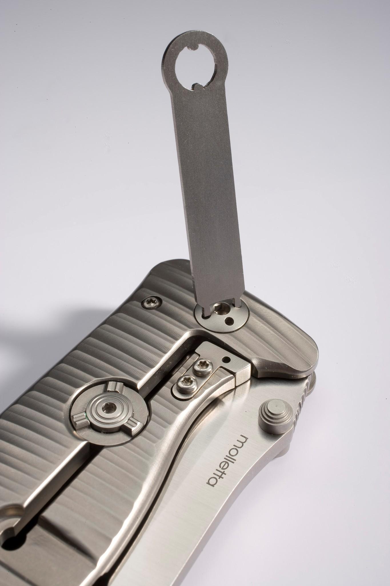 Фото 6 - Нож складной LionSteel SR1 BB, сталь Uddeholm Sleipner, рукоять титан от Lion Steel