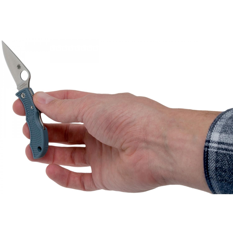 Фото 10 - Складной нож-брелок LADYBUG - Spyderco LBLP3E, сталь V-Toku2 / Laminated 410 Satin Plain, рукоять серо-синий термопластик FRN