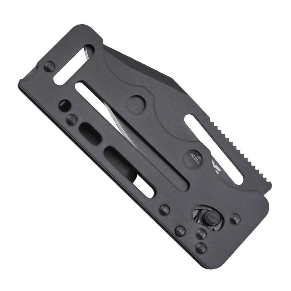 Фото 6 - Складной нож Access Card 2.0 - SOG SOGAC77, сталь VG-10, рукоять нержавеющая сталь, чёрный
