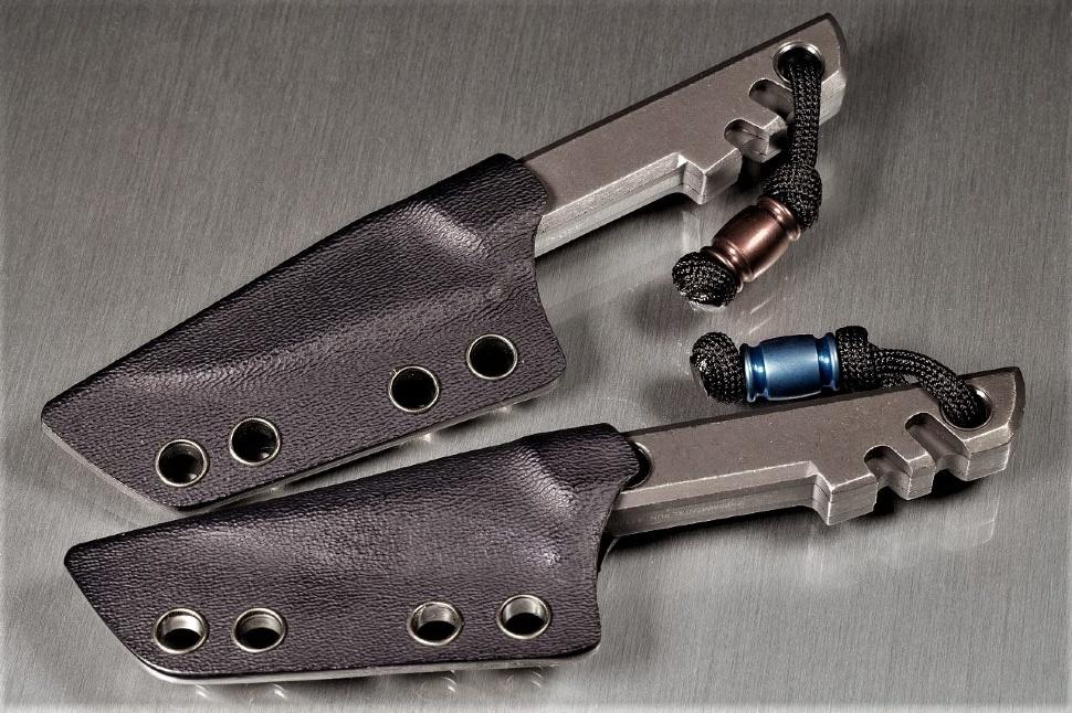 Фото 6 - Нож с фиксированным клинком Boker Plus Mini Slik Tanto, сталь 440C Stonewash, рукоять титан, 02BO230