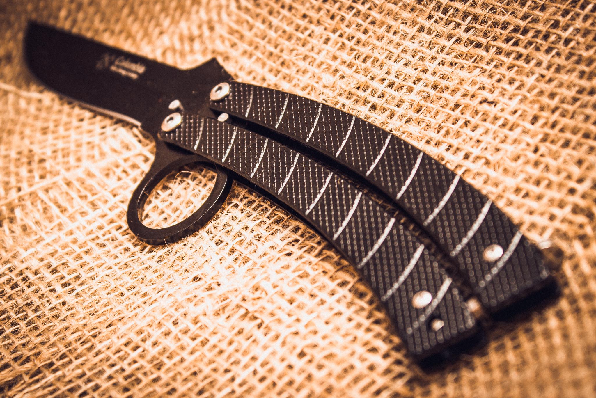 Фото 6 - Нож-бабочка (балисонг) CS GO от Noname