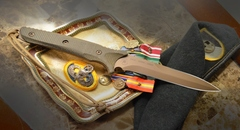 Нож с фиксированным клинком Spartan Breed Fighter (Flat Dark Earth/Green Micarta/Tan Molle Sheath) 13.97 см.