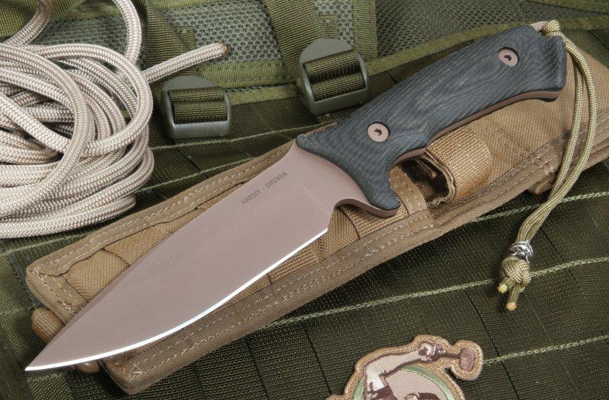 Фото 7 - Нож с фиксированным клинком Spartan Blades Harsey Difensa, сталь CPM-S35VN Flat Dark Earth, рукоять черная микарта, чехол песочный