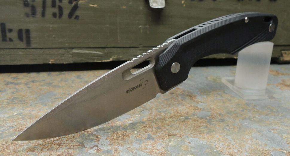 Фото 10 - Нож складной Boker Plus Boris Manasherov Design Warbird, сталь лезвия D2 Stonewash Plain, рукоять стеклотекстолит G10, чёрный, 01BO754