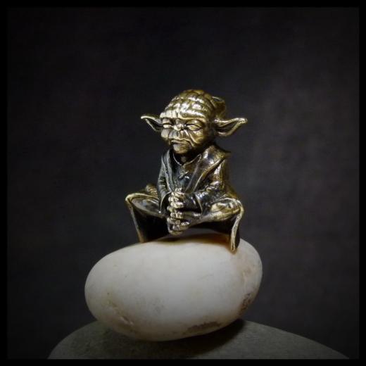 Бусина для темляка Мастер Йода
