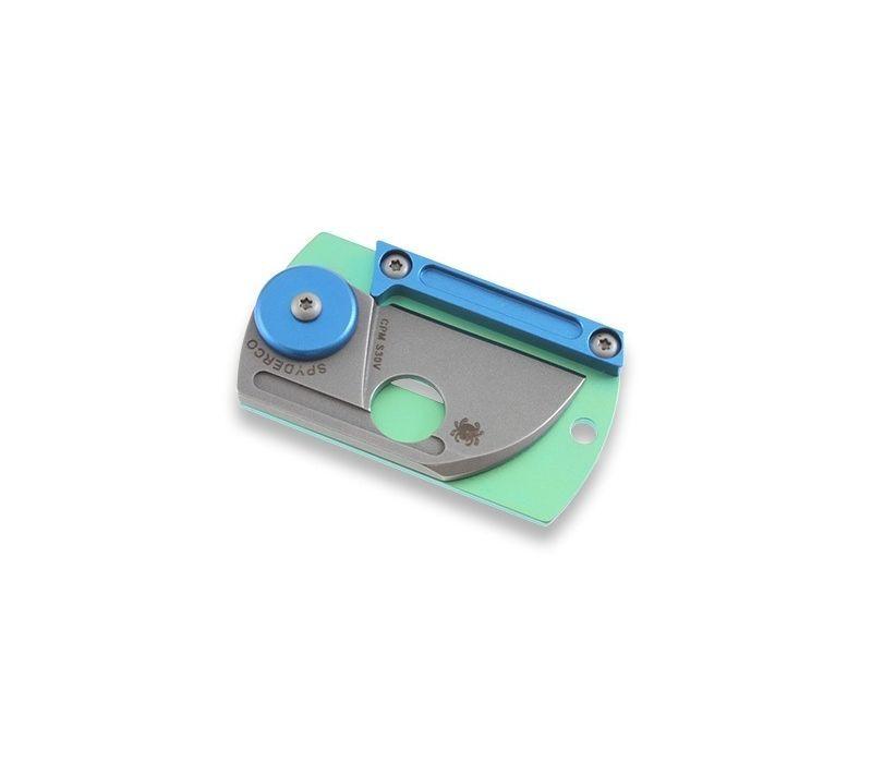 Фото 12 - Складной нож-брелок Dog Tag Folder - Spyderco С188ALTIP, сталь CPM S30V, рукоять титан/алюминий