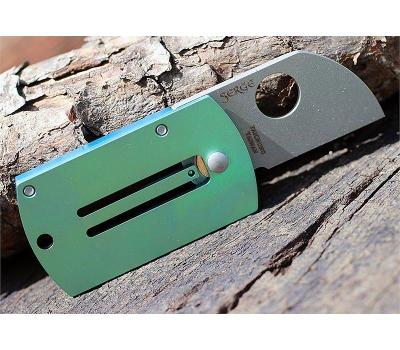 Фото 13 - Складной нож-брелок Dog Tag Folder - Spyderco С188ALTIP, сталь CPM S30V, рукоять титан/алюминий