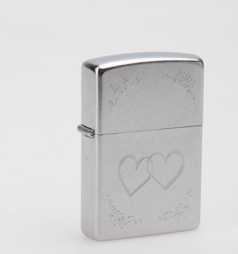 Зажигалка ZIPPO Hearts Street Chrome, латунь с ник.-хром.покрыт., серебр., матов., 36х56х12 мм