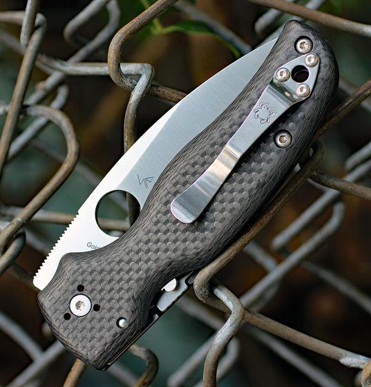 Фото 4 - Складной нож Spyderco SHAMAN Sprint Run C229CFP, сталь CPM S90V Satin Plain, рукоять карбон, чёрный