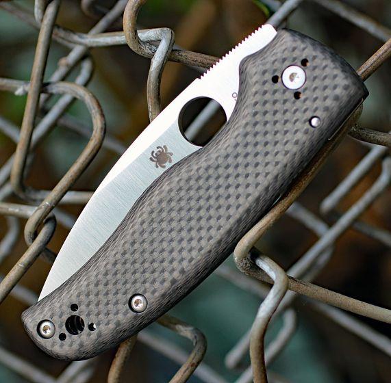 Фото 5 - Складной нож Spyderco SHAMAN Sprint Run C229CFP, сталь CPM S90V Satin Plain, рукоять карбон, чёрный