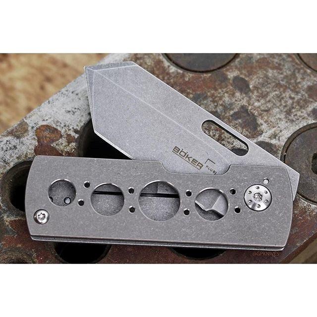 Фото 10 - Нож складной Pelican, Designed by Brad Zinker - Boker Plus 01BO729, сталь VG-10 Stonewash, рукоять титан
