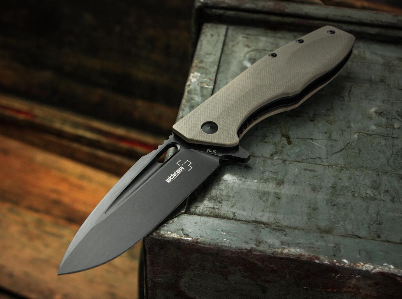 Фото 7 - Нож складной Boker Plus Caracal Tactical, сталь D2 EDP Plain, рукоять стеклотекстолит G10, 01BO759