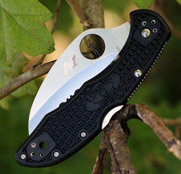 Фото 6 - Складной нож Tasman Salt 2 - Spyderco 106SBK2, сталь H1 Satin Serrated, рукоять термопластик FRN, чёрный
