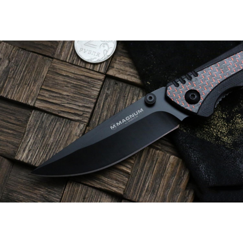 Фото 6 - Складной нож Magnum Rubico - Boker 01SC053, сталь 440A EDP, рукоять стеклотекстолит G10/карбон/нержавеющая сталь, чёрно-красный