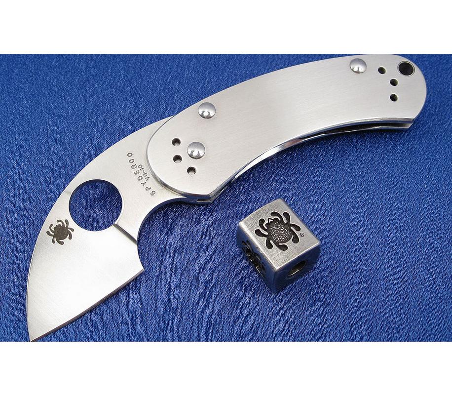 Фото 11 - Нож складной Equilibrium Spyderco 166P, сталь VG-10 Satin Plain, рукоять нержавеющая сталь