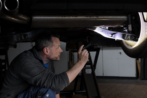 Фонарь светодиодный LED Lenser P7, 450 лм., 4-ААА. Вид 11