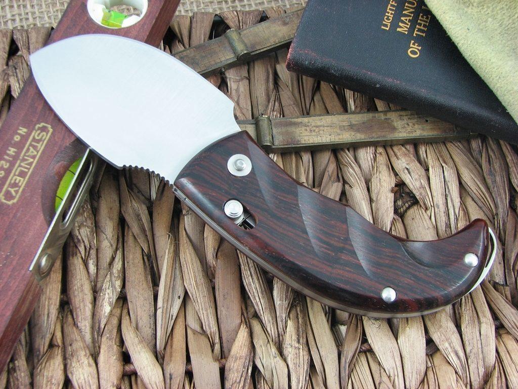 Фото 14 - Нож складной LionSteel Skinner 8901 CB, сталь 440C Satin Finish, рукоять дерево кокоболо, коричневый от Lion Steel