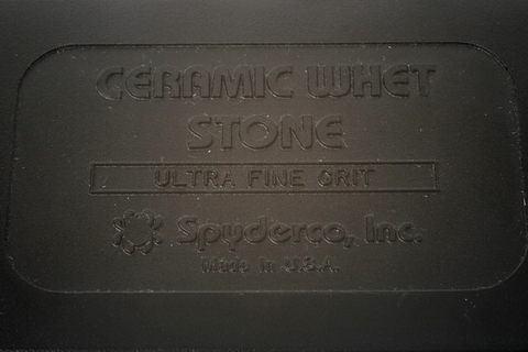 Керамический камень (alumina ceramic) Spyderco BENCH STONE ULTRA FINE, 302UF. Вид 5