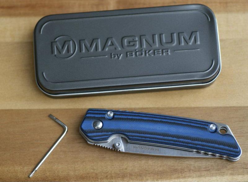 Фото 10 - Нож складной Magnum B & B, сталь 440A Satin Plain, рукоять стеклотекстолит G10, Boker 01SC948
